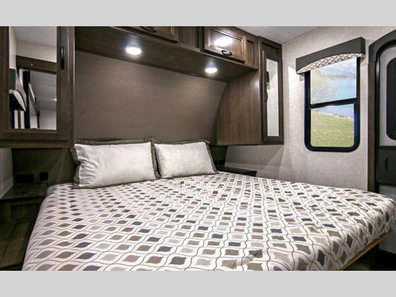 voyage bedroom